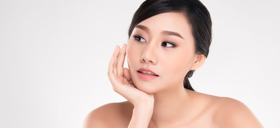 How To Stay Looking Younger. The Korean's Secret.