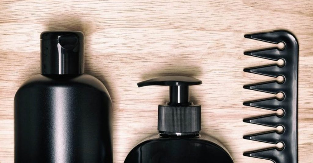 MAIN INGREDIENTS OF SHAMPOO FOR THICKENING HAIR